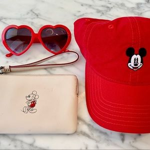 Accessories - Coach Disneyland/Disney World accessory kit